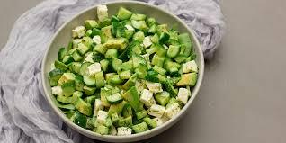 cuisiner la salade verte salade verte d été à l aneth concombre et avocat