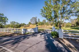 indian oaks in the quaint town of creston california on the