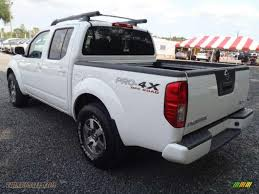 nissan frontier crew cab 4x4 2011 nissan frontier pro 4x crew cab 4x4 in avalanche white photo