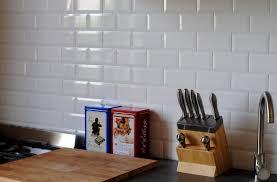 pose de faience cuisine chambre enfant pose carrelage metro diy credence cuisine metro
