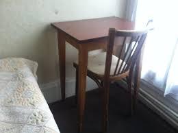 chaise a charmant buro avec sa chaise a trou picture of hotel rivoli