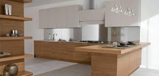 cuisine bois et inox cuisine en bois design cuisine bois plan de travail blanc