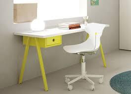 Children S Computer Desk Best 25 Modern Kids Desks Ideas On Pinterest Desk For Study
