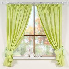 rideaux pour chambre de b rideau pas cher pour chambre bébé vert vichy avec embrasse cœur