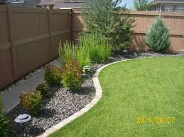 How To Create A Beautiful Backyard Best 25 Landscaping Borders Ideas On Pinterest Rock Garden
