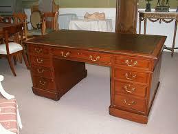 bureau en anglais m009a bureau anglais vendu antiquités