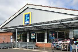 siege social aldi armed robbery at aldi kingstanding of the siege in