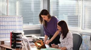 femme de bureau pourquoi les femmes ont elles toujours froid au bureau