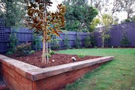 Backyard Retaining Wall Ideas Retaining Wall Design Ideas Get Inspired By Photos Of Retaining