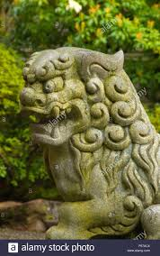 japanese guard dog statues lion dog statue portland japanese garden washington park