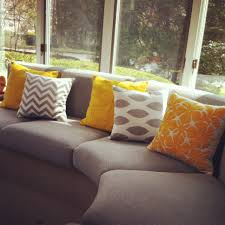 Pillows For Brown Sofa by Design Ideas Interior Decorating And Home Design Ideas Loggr Me