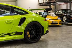 black porsche 911 gt3 the exclusive 2016 porsche 911 gt3 rs painted in birch green is