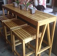Build Outdoor Garden Table by Best 25 Outdoor Bar Table Ideas On Pinterest Outdoor Bars Bar