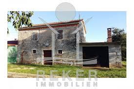 Das Haus Immobilien Steinhaus Mit Großem Grundstück Bei Poreč
