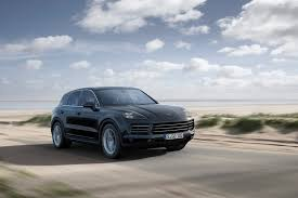 Porsche Cayenne Towing Capacity - five things you need to know about the 2019 porsche cayenne