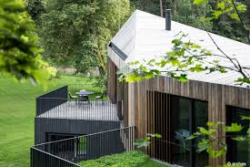 valley villa unites sustainability with contemporary design kebony