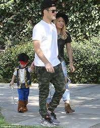 Mike Halloween Costume Hilary Duff Estranged Husband Mike Comrie Son Luca