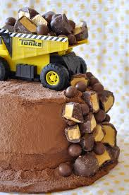 construction birthday cake one pretty pin construction birthday cake chickabug