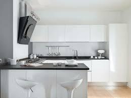 cuisine noir et blanc laqué cuisine blanche laquée 99 exemples modernes et élégants