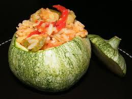 cuisiner courgette ronde courgettes rondes farcies aux légumes et au riz quand maman