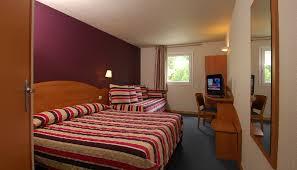 hotel a nimes avec dans la chambre inter hôtel costières