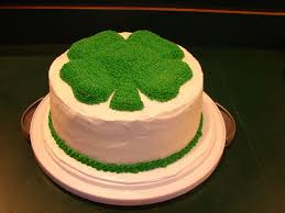 pan cake topper shamrock cake is a 2 layer 9in with the shamrock cake topper pan