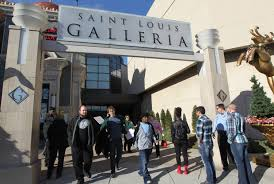 is the mall open on thanksgiving day saint louis galleria to stay open on thanksgiving day cbs st louis