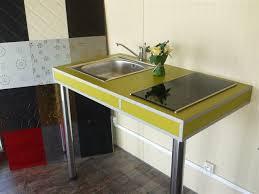pied de plan de travail cuisine plan de travail cuisine sur pied 11 avec table bar accessoires