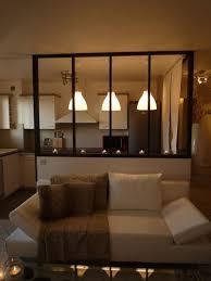 verriere dans une cuisine transition entre la cuisine et le salon avec une verrière http