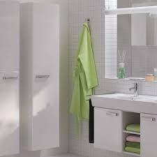 spiegelschrã nke fã rs badezimmer sanviro badezimmerradio mit bewegungsmelder