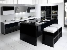 cuisine blanche et noir cuisine equipee noir et blanc modele 5 une elegante au look 1 lzzy co