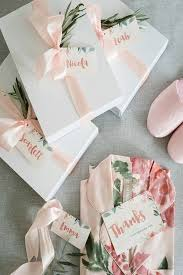 bridal gifts best 25 bridal gift wrapping ideas ideas on wedding