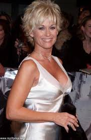 lori morgan hairstyles 25 short hairstyles for older women lorrie morgan style and cut