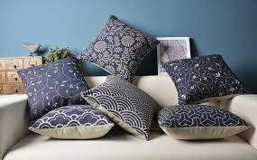 coussins originaux canapé les coussins design 50 idées originales pour la maison archzine fr