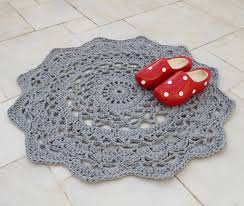 crochet rug patterns free crocheted doily rug pattern at last creative