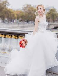 preowned wedding dresses find the dress of your dreams with preownedweddingdresses