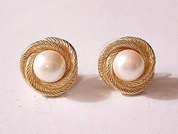 clip on pearl earrings monet pearl clip on earrings gold tone vintage winding rope edge