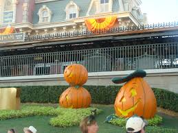 toddler tips for mickey u0027s not so scary halloween party mnsshp
