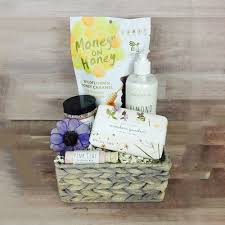 luxury gift baskets shop by collection luxury gift baskets gourmet gifts by bravo llc