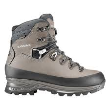 lowa s boots canada tibet gtx ws lowa boots usa