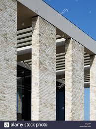 detail of brick colonnade jenner buillding at pirbright institute