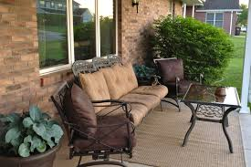 Spray Painting Metal Patio Furniture - diy why spend more spray painting outdoor cushions