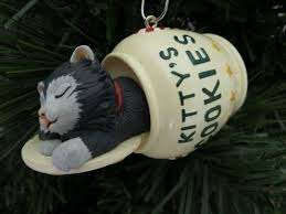 cat naps hallmark christmas ornament qx5313 kittys cookie jar 1994