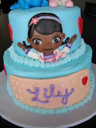dr mcstuffin cake custom cakes by julie doc mcstuffins cake