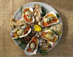 comment cuisiner des huitres huîtres chaudes sur une fondue de petits légumes les épices rient