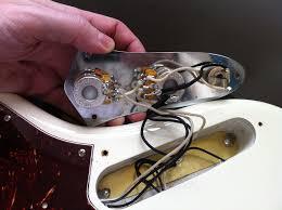 new fender av 62 jazz incorrect wiring talkbass com