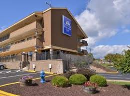 Airport Hotels Become More Than A Convenient Pit 6 Best Hotels With Shuttles To Pittsburgh International Airport Pit