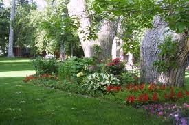 designing flower beds in front yard christmas ideas best image