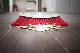 sweep a floor without leaving dust and dirt