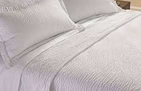 Hotel Comforters For Sale Amazon Com Courtyard By Marriott Hotel Rippled Coverlet Queen